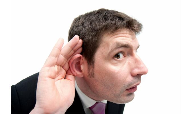 聞く耳を持つ